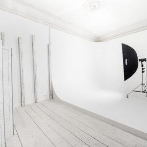 Циклорама в лофт фотостудии Киева